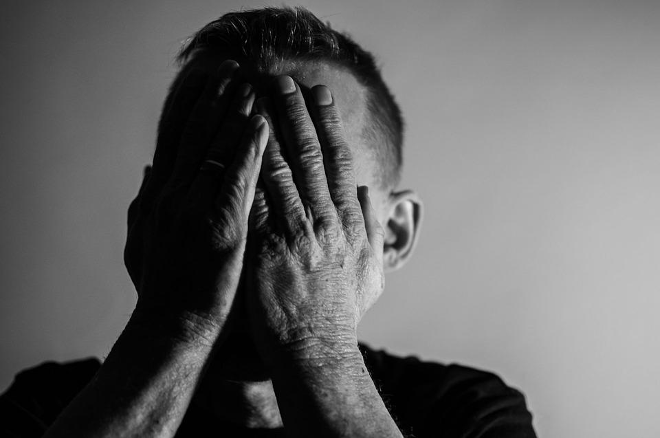 muž s bolavou prostatou