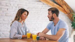Jak se v dlouhodobých vztazích vypořádat s erektilní dysfunkcí?
